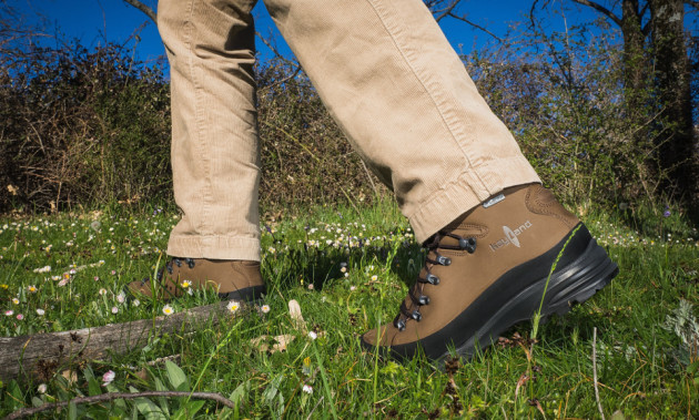 Globo GTX | A comfy and robust mountain classic