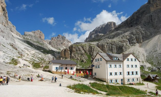 VAJOLET HUT | The place to start for Catinaccio