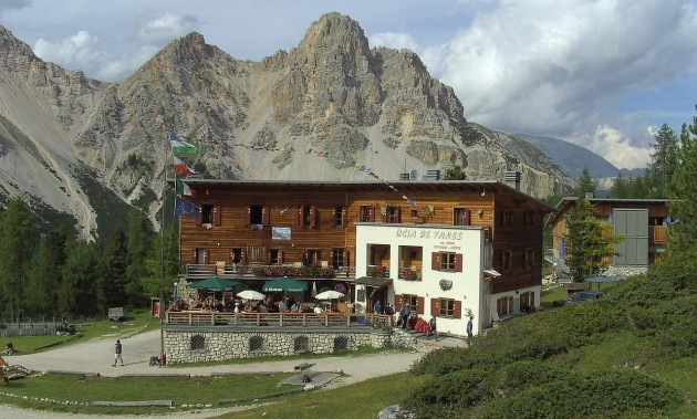 Fanes hut | Since 1928 a tradition in hospitality
