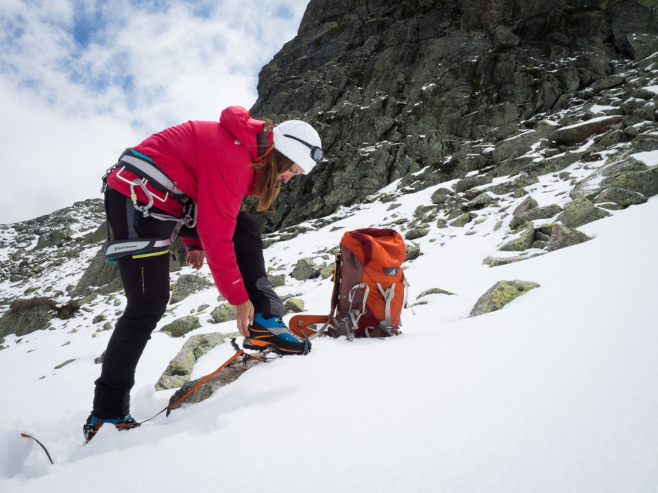 Ladies alpinism! Apex Rock W's GTX and Cross Mountain W's GTX